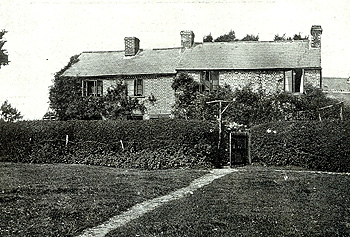 Golden Row Cottage in 1915 [Z214/3]